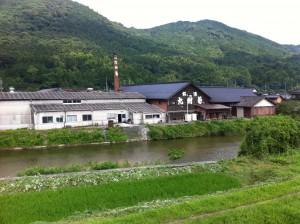平成筑豊鉄道から見た林酒造場